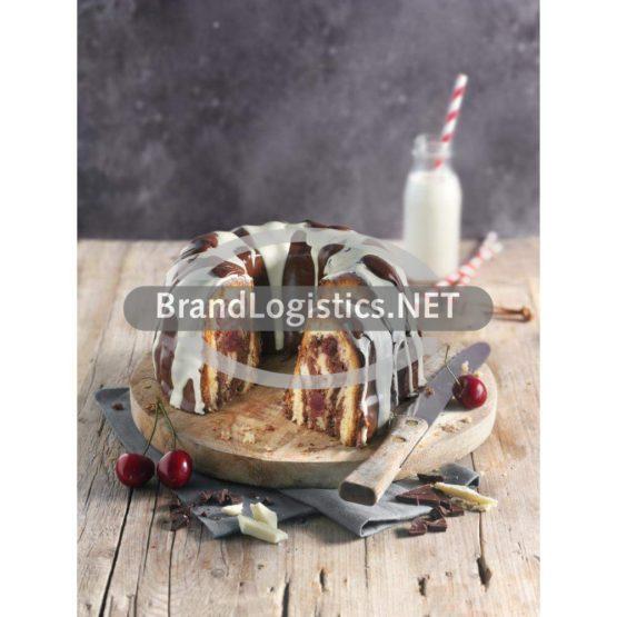 Marmorkuchen mit zweierlei Schokolade und Kirschen