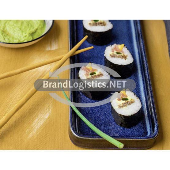 Sushi mit Lachs, Currycreme und Vollkorn-Brot