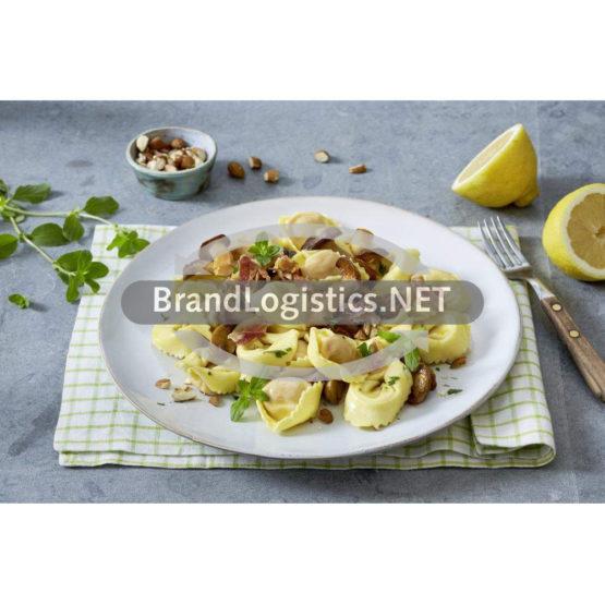 Frische Tortellini Funghi con Porcini mit Pancetta und gemischten Pilzen