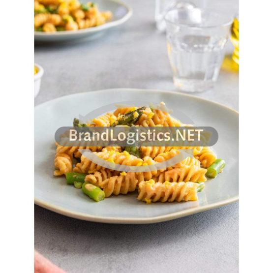 Barilla FUSILLI INTEGRALE mit Gemüse, Ei und Sauce Napoletana
